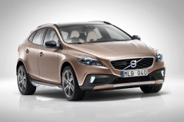 V40 Cross Country 2013
