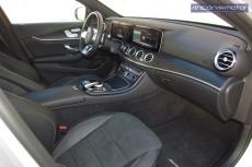 3-01-interior-mercedes-benz-E-300-de-prueba-2020