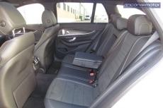 3-05-interior-mercedes-benz-E-300-de-prueba-2020