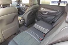 3-06-interior-mercedes-benz-E-300-de-prueba-2020