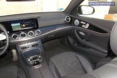 4-02-interior-detalle-mercedes-benz-E-300-de-prueba-2020