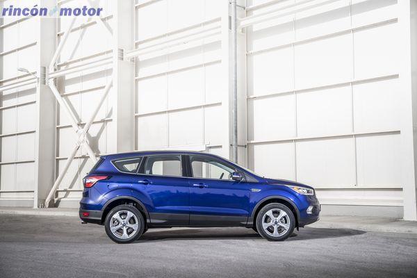 ford-kuga-2017-set-1301-22