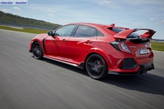 Honda_Civic_Type_R_2017_set-0207-24