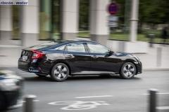 Civic_sedan_2017_set-2705-02