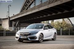 Civic_sedan_2017_set-2705-10