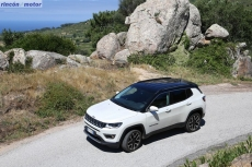 Jeep_Compass_2017-set-2806-12