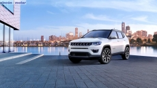 Jeep_Compass_2017-set-2806-30