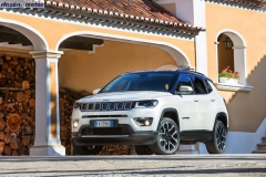 Jeep_Compass_2017-set-2806-18