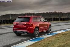 Jeep_Grand_Cherokee_Trackhawk_707cv_2017-09