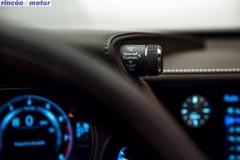 Lexus_LS-550h-08