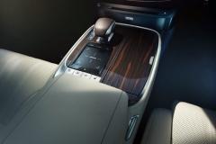 Lexus_LS-550h-14