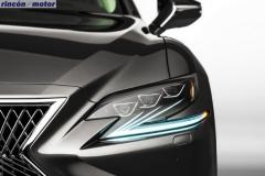 Lexus_LS-550h-18
