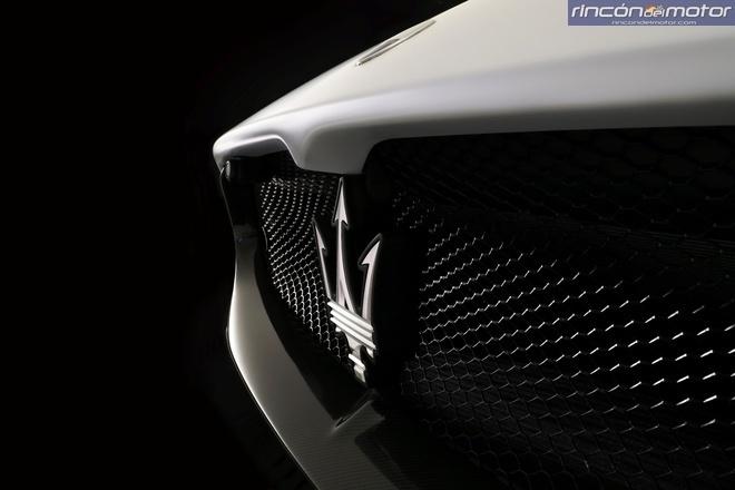 Maserati-MC20-2020-10