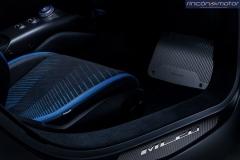 Maserati-MC20-2020-21