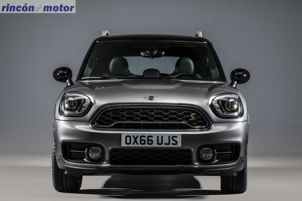 mini-countryman-2017-40