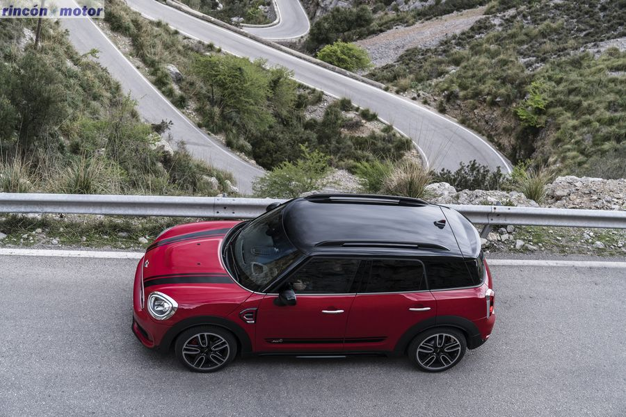 mini_countryman_jcw_2017-06