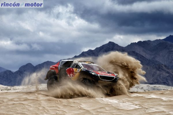 302 PETERHANSEL Stephane (fra) COTTRET Jean Paul (fra) PEUGEOT action during the Dakar 2016 Argentina, Bolivia, Etape 10 / Stage 10, Belen - La Rioja, from January 13, 2016 - Photo Frederic Le Floc'h / DPPI