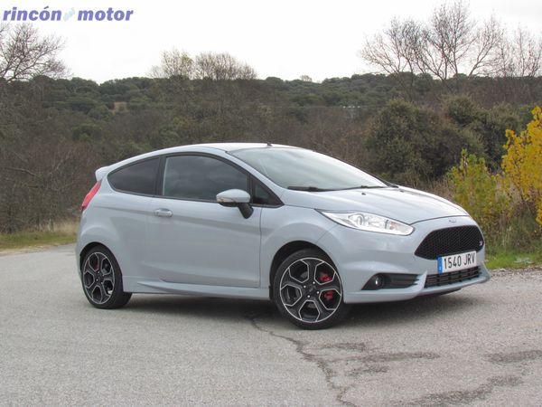 Ford_Fiesta_ST-200-prueba-2016-02