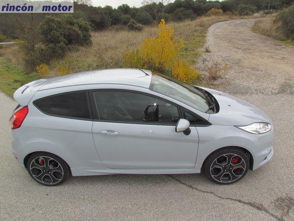 Ford_Fiesta_ST-200-prueba-2016-09