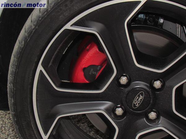 Ford_Fiesta_ST-200-prueba-2016-26