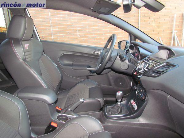 Ford_Fiesta_ST-200-prueba-2016-37