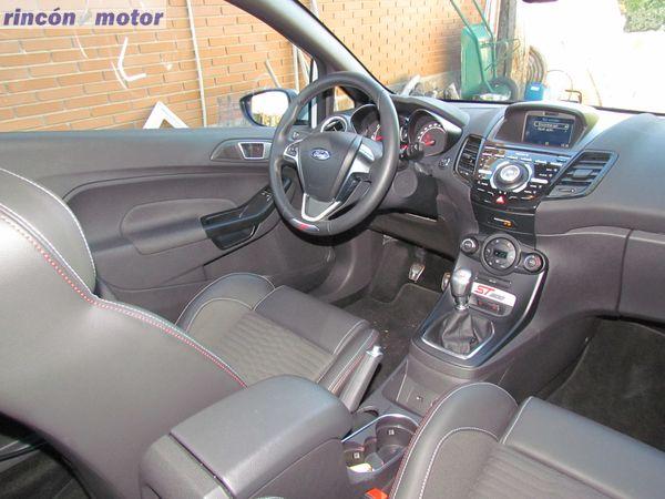 Ford_Fiesta_ST-200-prueba-2016-38