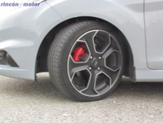 Ford_Fiesta_ST-200-prueba-2016-23