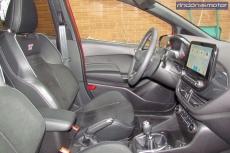 3-03-interior-ford-fiesta-st-2019-prueba