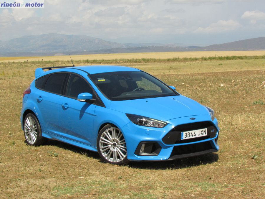 1-05-exterior-ford-focus-rs-prueba-2017