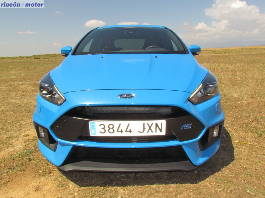 1-19-exterior-ford-focus-rs-prueba-2017