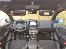 3-05-interior-ford-focus-rs-prueba-2017