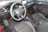 3-interior-Focus_SW_Ecoboost_182AT-2020-06
