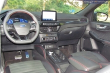 3-03-interior-ford-kuga-phev-2020