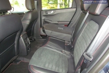 3-06-interior-ford-kuga-phev-2020