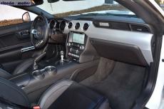 3-interior-ford-mustang-50v8-2018-04