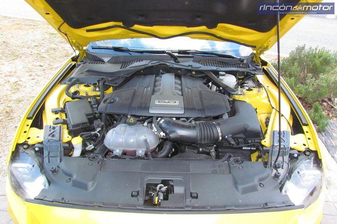 2-04-exterior-detalle-Ford_Mustang_Convertible_50V8_2019-prueba