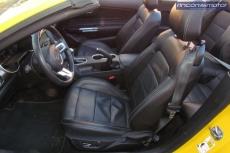 3-03-interior-Ford_Mustang_Convertible_50V8_2019-prueba