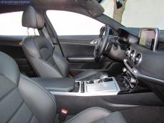 3-06-interior-kia_stinger_22-CRDI-200-4x4-GT-prueba-2018