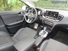 3-04-interior-kia-xceed-gt-2020