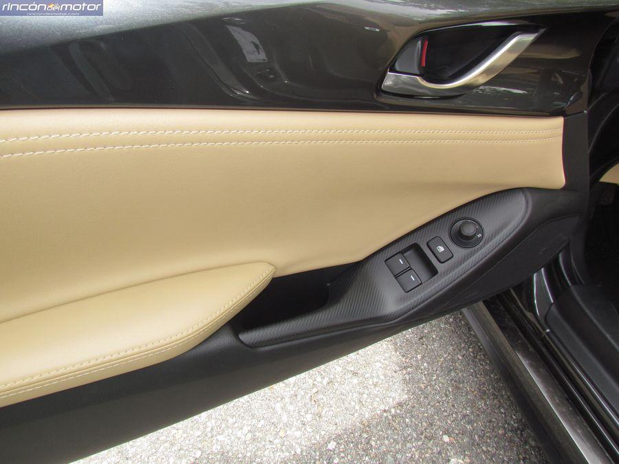 4-02-interior-detalle-Mazda-mx5-20-160-2018-prueba