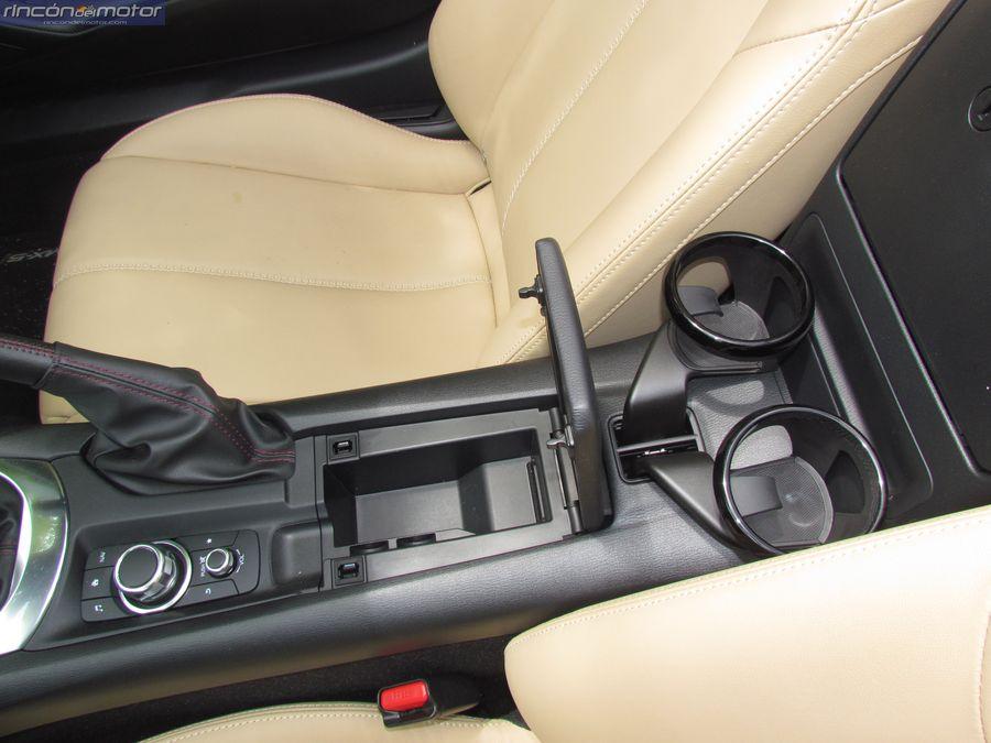 4-05-interior-detalle-Mazda-mx5-20-160-2018-prueba