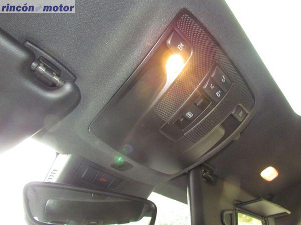 4-14-interior-detalle-mercedes-Clase_A-45-AMG-prueba-2017