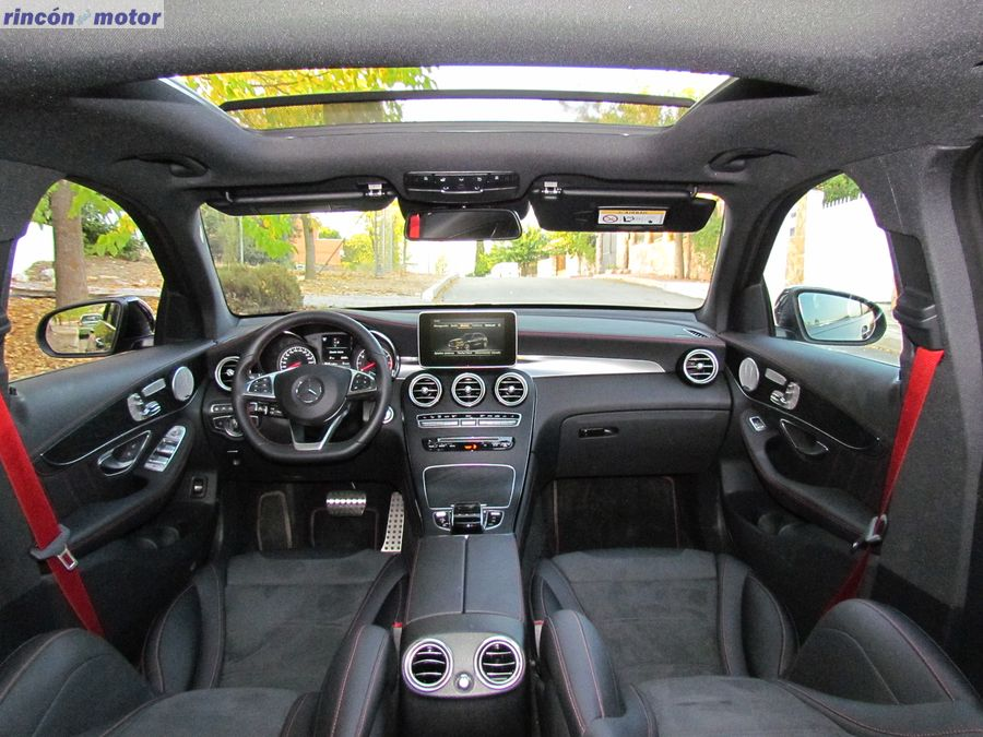 3-interior-Mercedes_AMG-43_2017-prueba-10