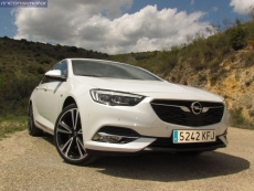 1-11-exterior-opel_insignia_20nft-turbo_260-at_4x4_2018