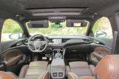3-02-interior-opel_insignia_20nft-turbo_260-at_4x4_2018