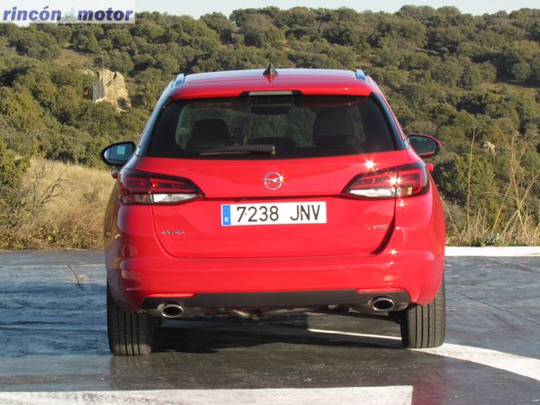 1-08-exterior-opel-astra-sports-tourer-16-turbo-200-excellence-prueba-2017