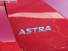 2-01-exterior-detalle-opel-astra-sports-tourer-16-turbo-200-excellence-prueba-2017