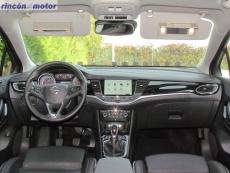 3-07-interior-opel-astra-sports-tourer-16-turbo-200-excellence-prueba-2017