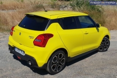 1-10-exterior-suzuki_swift_sport_2018