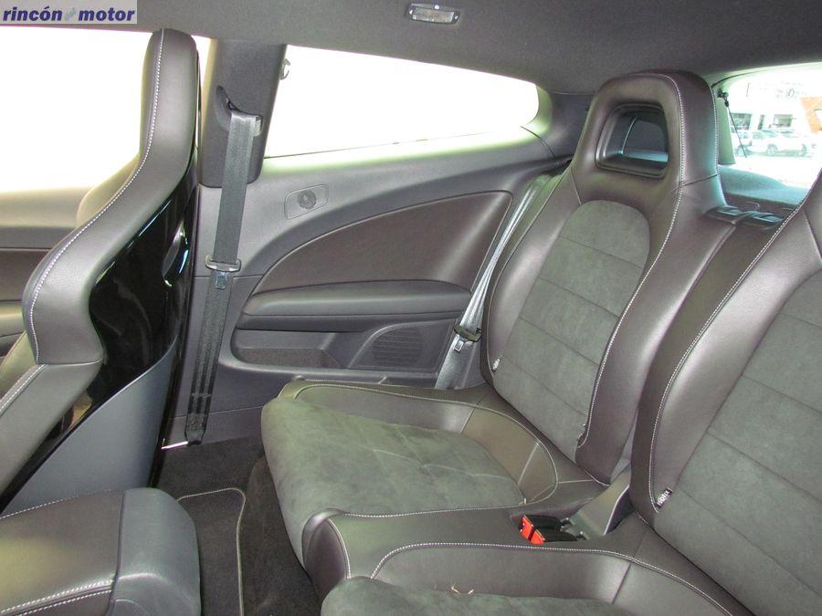 3-01-interior-volkswagen-scirocco-r-2017-prueba